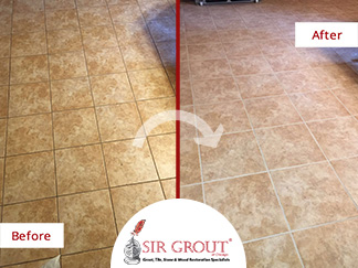 Before and After Picture of a Tile and Grout Cleaners in Chicago, IL