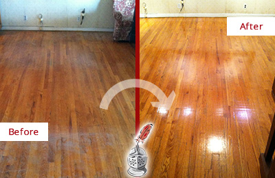Before and After Picture of a Rosemont Wood Sandless Refinishing Service on a Stained Floor