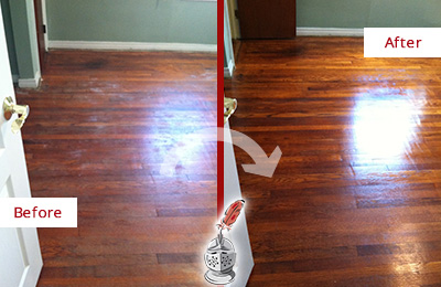 Before and After Picture of a Round Lake Beach Wood Sandless Refinishing Service on a Dull Floor to Remove Stains