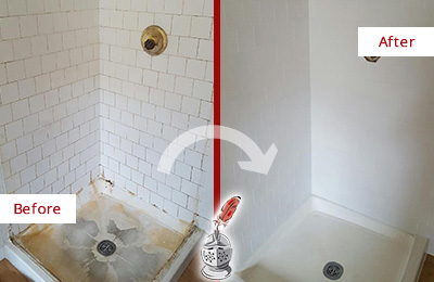 Before and After Picture of a Round Lake Beach Shower Cleaned to Eliminate Mold